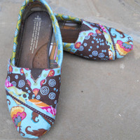 Custom Toms Shoes Fabric covering to rejuvenate your by FancyToms