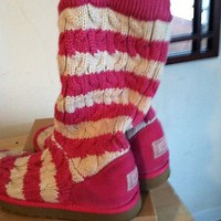 Cute Comfy Striped Ugg A...