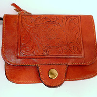 Vintage 1970's Tan Tooled Leather Change Purse by ZealousStyle