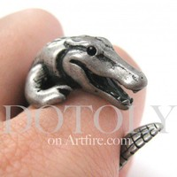 3D Crocodile Dragon Animal Wrap Around Ring in Silver - Sizes 5 to 9