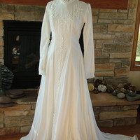 White velvet wedding gown reanaissance style vintage 1970s camelot dress