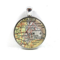 Vintage Map Pendant of Salem, Oregon, in Glass Tile Circle