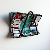 Hairpin magazine rack