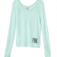 Lightweight Scoopneck Top