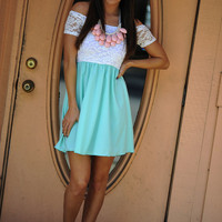 Oh That's Cute Dress: Mint/White | Hope's