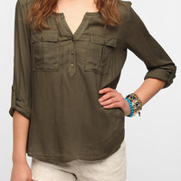 Ecote Cross-Grain Split-Neck Blouse