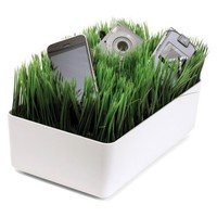 Amazon.com: Kikkerland OR08-W Grass Charging Station, White: Home & Kitchen