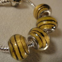 Gorgeous Murano Bead in Rich Yellow for European Bracelets