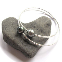 Tahitian Pearl Bangle, Sterling Silver, Hammered Bracelet, Hawaii Beach Jewelry, Bridal Jewelry,Made for You
