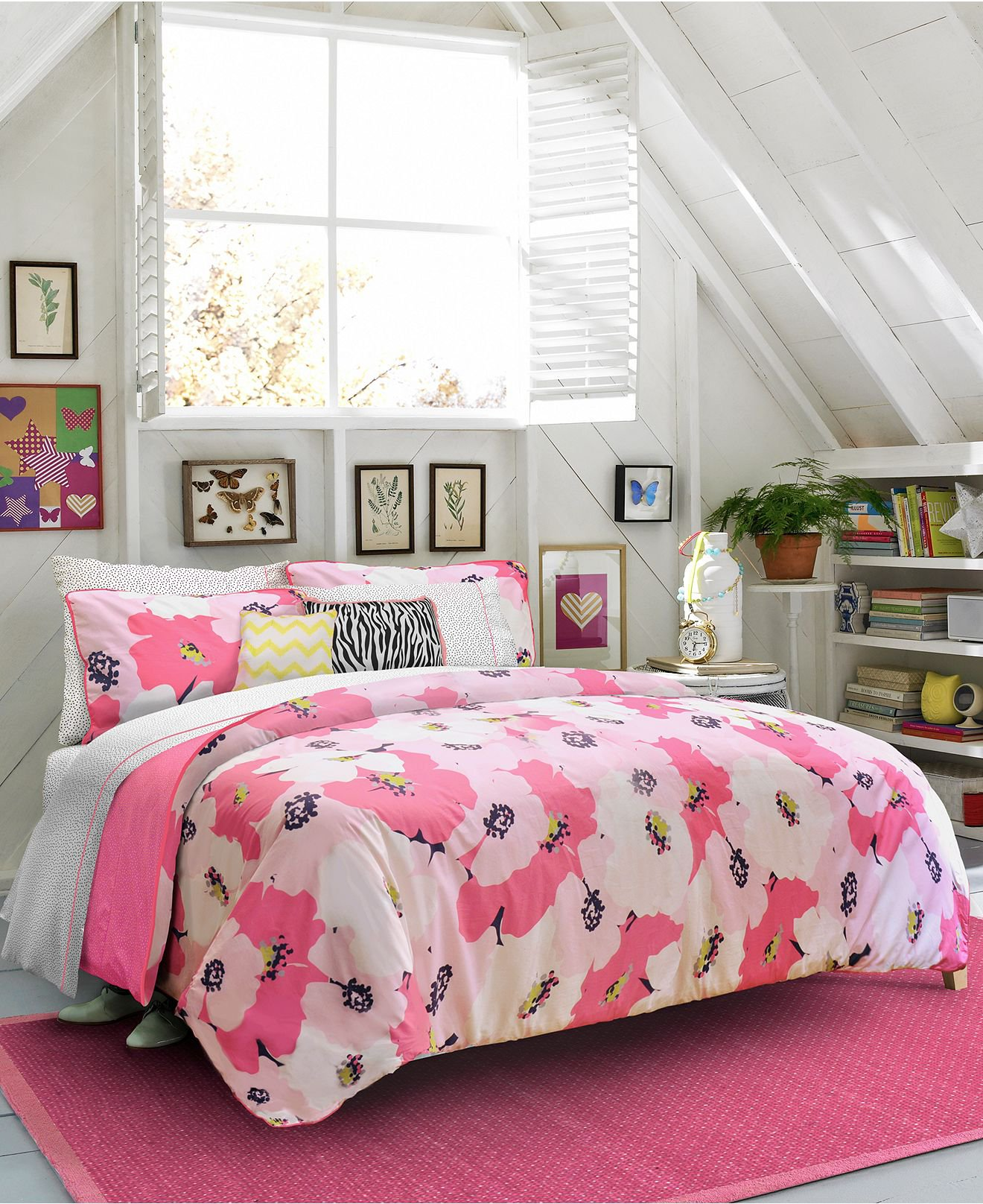 teen vogue bedding poppy dreams from macys. Black Bedroom Furniture Sets. Home Design Ideas