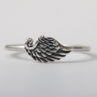 Single wing Ring , Beautiful Petit Sterling silver stacking ring