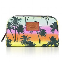 <strong>Spring Break Makeup Bag</strong><br />