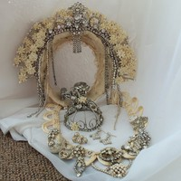 Bridal crown n Jewelry Custom Made Wedding by HopscotchCouture