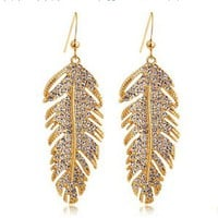 fancymall — Elegant leaf woman earrings