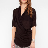 Short Sleeve Drape Wrap Top in Black :: tobi