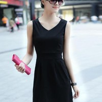 V-Neck Slim Wild Fashion Dress Black$36