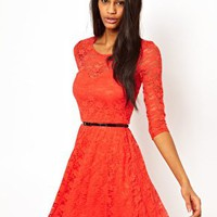 Dress In Lace with 3/4 Sleeves And Belt
