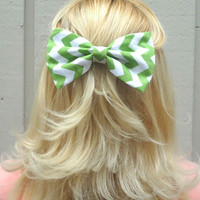 Green chevron bow hair clip - big bow - bow barrette - feminine - kawaii