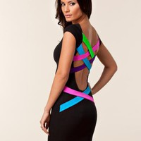 Strappy Back Dress - Quontum - Svart/rosa - Festkl?nningar - Kl?der - NELLY.COM Mode online p? n?tet