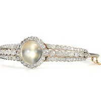 Élan in a Moonstone Diamond Bracelet - The Three Graces