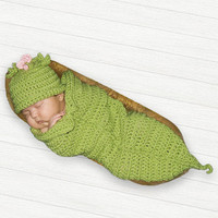 Sweet Pea Photo Prop Crochet Cocoon Pod and by MySweetieBean