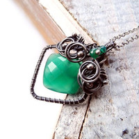 Emerald Green Onyx Necklace - Silver Wire Wrapping - Luxury Valentine's Day - Geometric Necklace - Celtic Fairytale - Romantic and Unique