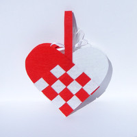 24 Woven Heart Party Favor Bags