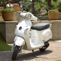Amazon.com: Maple WY-150T-41 WHITE 150cc Gas 4 Stroke Moped Scooter w/ Warranty: Sports & Outdoors