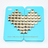 Green iPhone 4 /4S Case with sliver heart pyramid stud for iPhone 4 ,iPhone 4S  ,iPhone hand case cover  d-94