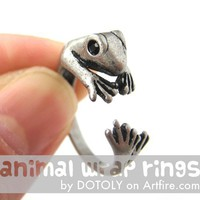 Realistic Gecko Frog Animal Wrap Around Ring in Silver Sizes 4 to 9