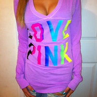 PRE OWNED VICTORIA'S SECRET LONG SLEEVE V NECK TOP RAINBOW LOVE PINK GRAPHIC M