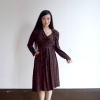 rose print dress / 70s dress / mid length dress / knee length dress