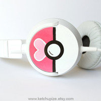 Love Ball Poke-phones cute Headphones earphones heart white pink fuchsia hand painted girly