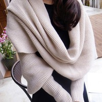 Fashion Woolen Scarf with Sleeves