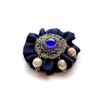 Brooch with Wire Crochet Cabochon in Blue Fabric - NOTON by Raquel, Etsy