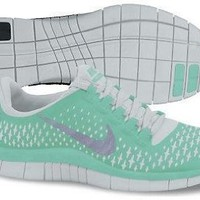 Nike Lady Free 3.0 V4 Running Shoes - 9 - Green: Shoes
