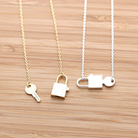 girlsluv.it - LOCK & KEY necklace, 2 colors