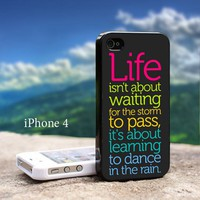 Life Quote Dance In Thr Rain - Design For iPhone 4 / 4s Black Case