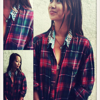 Oversized 1990's boyfriend grunge checkered shirt w/ studs