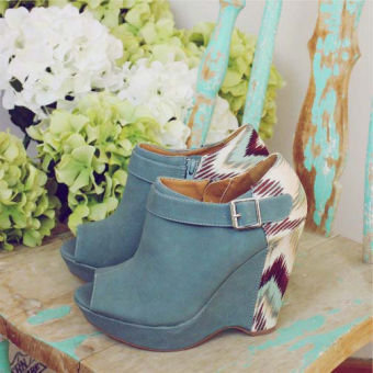 Ikat Wedges