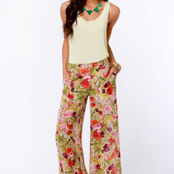 What in Carnation Wide-Leg Floral Print Pants