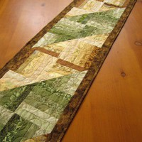Long Table Runner Green and Gold Discounted
