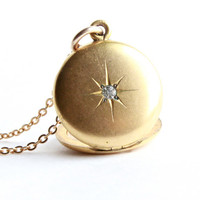 Vintage Rhinestone Star Locket Necklace - Gold Filled Round 1940s Pendant Signed W & H Co / Shining Star