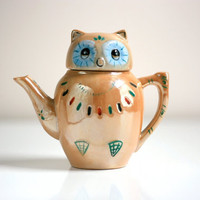 $24.00 Vintage Lusterware Owl Teapot for One by WiseApple on Etsy