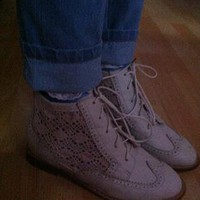 TOPSHOP mock White Crochet boots size UK 5 NW from beachousegirlx