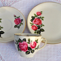Alfred Meakin Vintage Shabby Chic Teacup Trio to buy