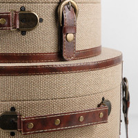 Set of Three Cote d?Azur Burlap Round Cases $46
