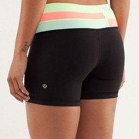 reverse groove short *regular | women&#x27;s shorts | lululemon athletica