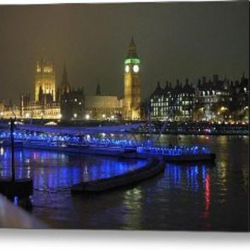 London By Night Canvas Print / Canvas Art - Artist Sean Foreman