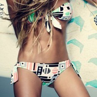 Spring Breakdown: Hottest Trends in Swimwear